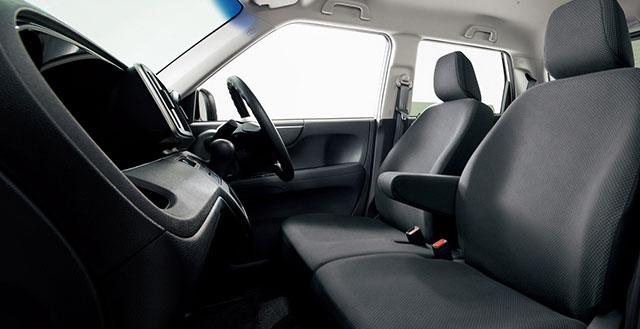 http://www.h-cars.co.jp/news/images/141117_n-one03.jpg