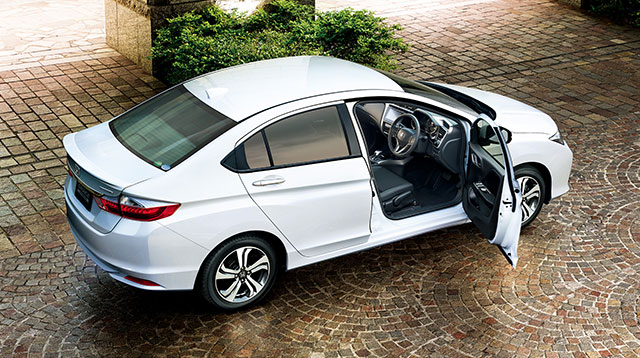 http://www.h-cars.co.jp/news/images/141201_grace02.jpg