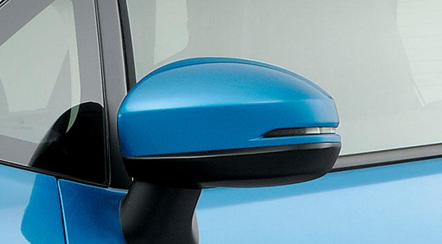 http://www.h-cars.co.jp/news/images/141218_fithb06.jpg