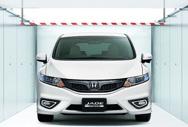 http://www.h-cars.co.jp/news/images/150212-jade08.jpg