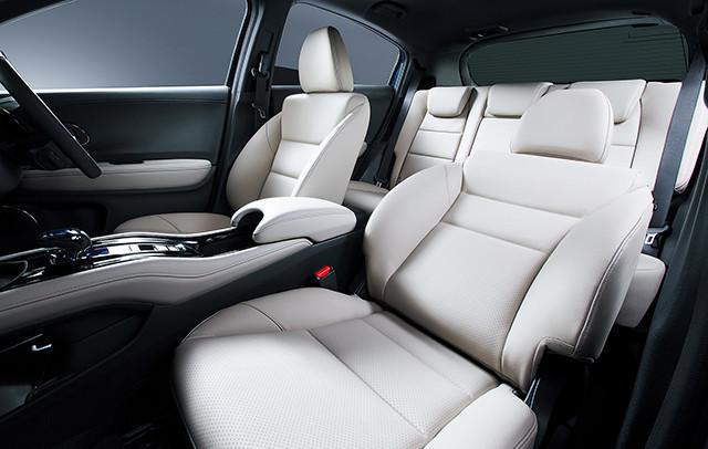 http://www.h-cars.co.jp/news/images/150917_vezel03.jpg