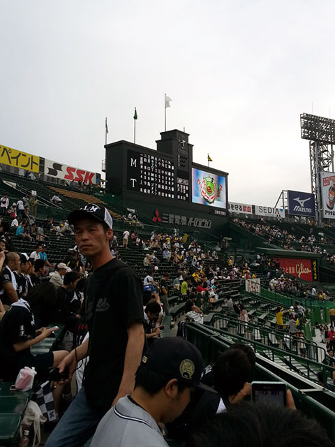 http://www.h-cars.co.jp/showroom/topics/images/140609_koshien04.jpg
