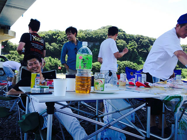 http://www.h-cars.co.jp/showroom/topics/images/140807_bbq04.jpg