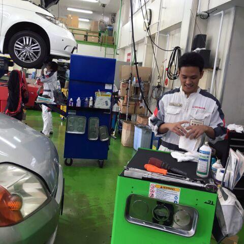 http://www.h-cars.co.jp/showroom/topics/images/151102_tenken03.jpg