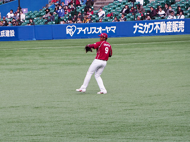 http://www.h-cars.co.jp/showroom/topics/images/160406_baseball04.jpg