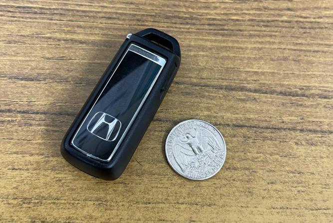 軽自動車のキーレスの電池交換方法。